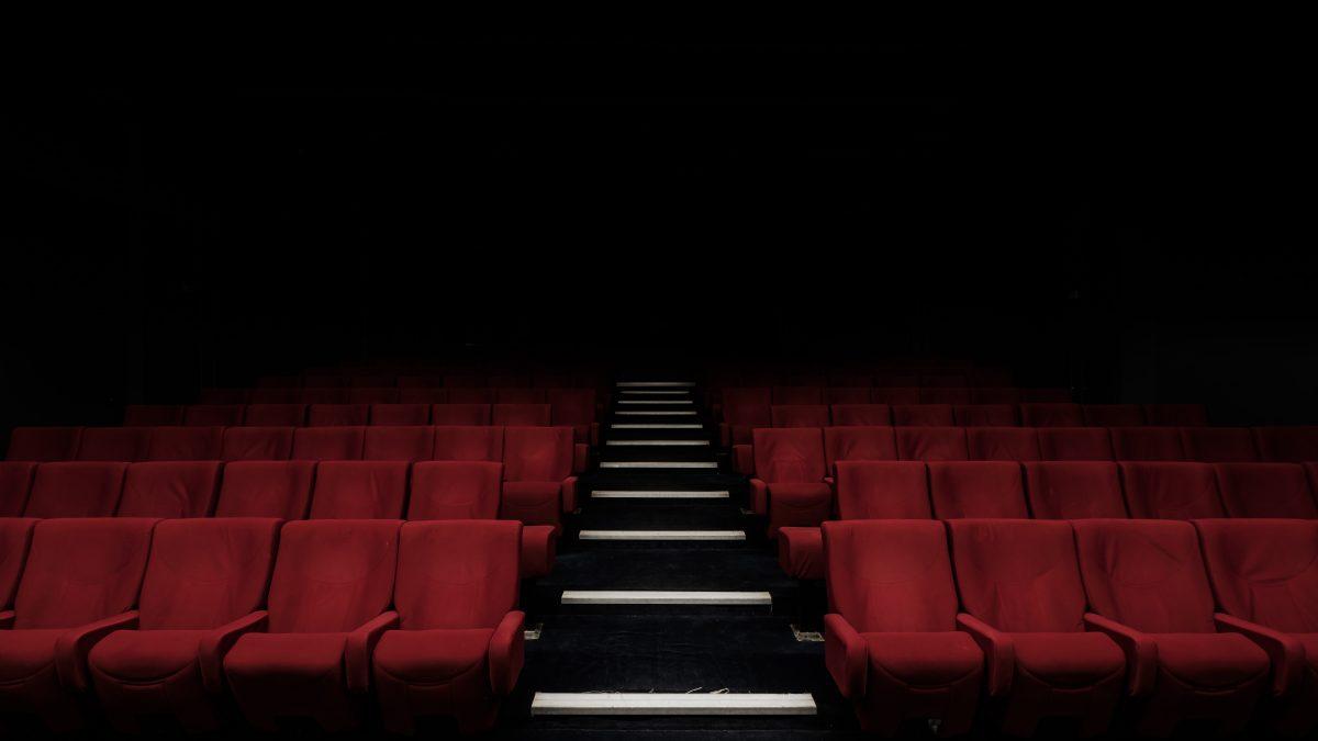 Como vamos voltar ao cinema? 3 críticos teorizam